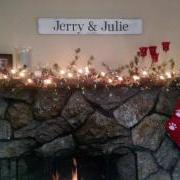Jerry & Julie Sign